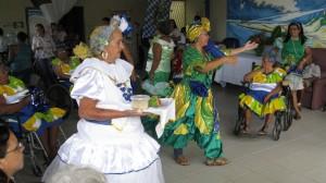 Bild einer Vorführung der Senioren im Seniorenheim