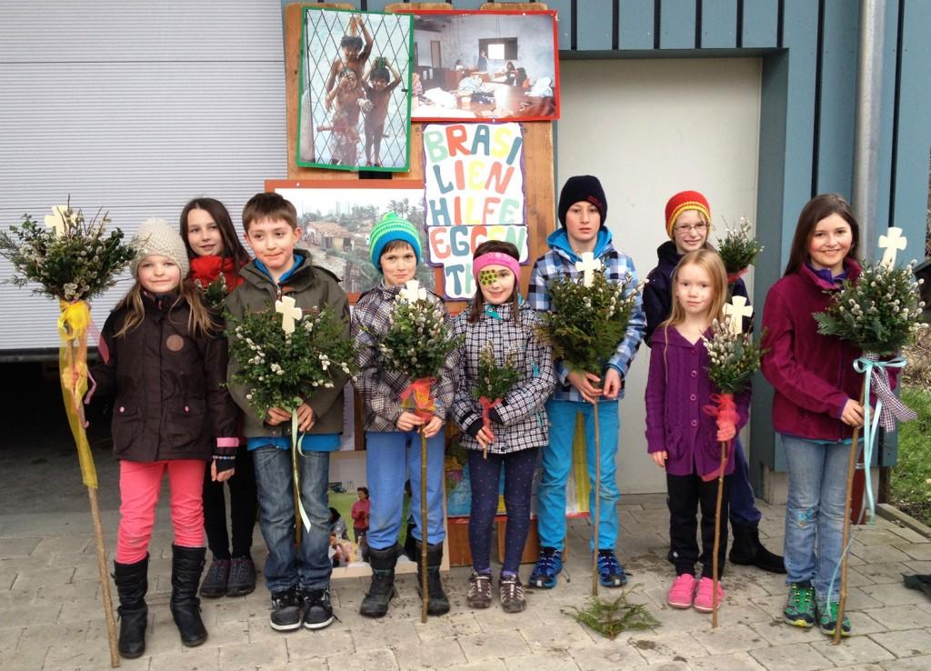 Bild Kinder mit Palmbuschen