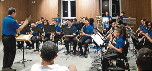 Das Orchester im neuen Übugnssaal © G. Matschl / FrKr ML