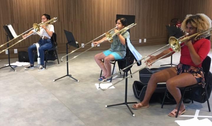 Erste Übungen nach Corona in der Musikschule